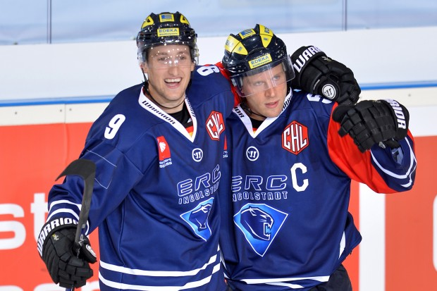 Brandon Buck (left), Patrick Köppchen and their Panthers await skilled teams in Champions Hockey League. Foto: City Press
